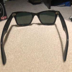 48ac58c84d Ray-Ban Accessories - RB Original Wayfarer Classic Polarized Sunglasses